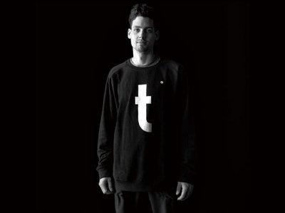 """画像1: Flathold 〈flathold Sweater """"t""""/フラットホールドスエッター""""t""""〉"""